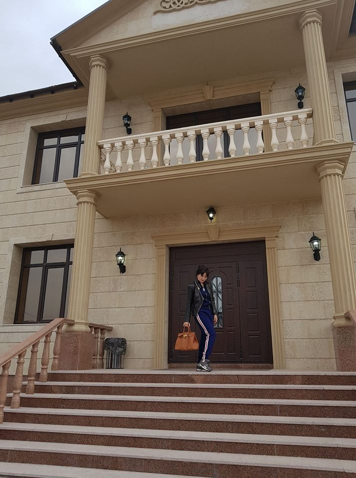 "Ликуй страна: Багдат Манзоров, кубышка Есимова, ""вышел на работу"""